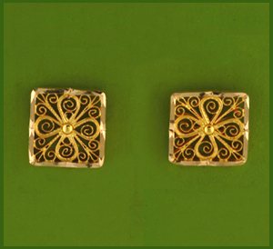 Small Filigree Post earring